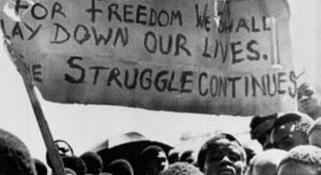 black consciousness movement The first couple of minutes of this video is a video clip of the interview with steventhen, the rest is just audio with his photo if you have the complete.