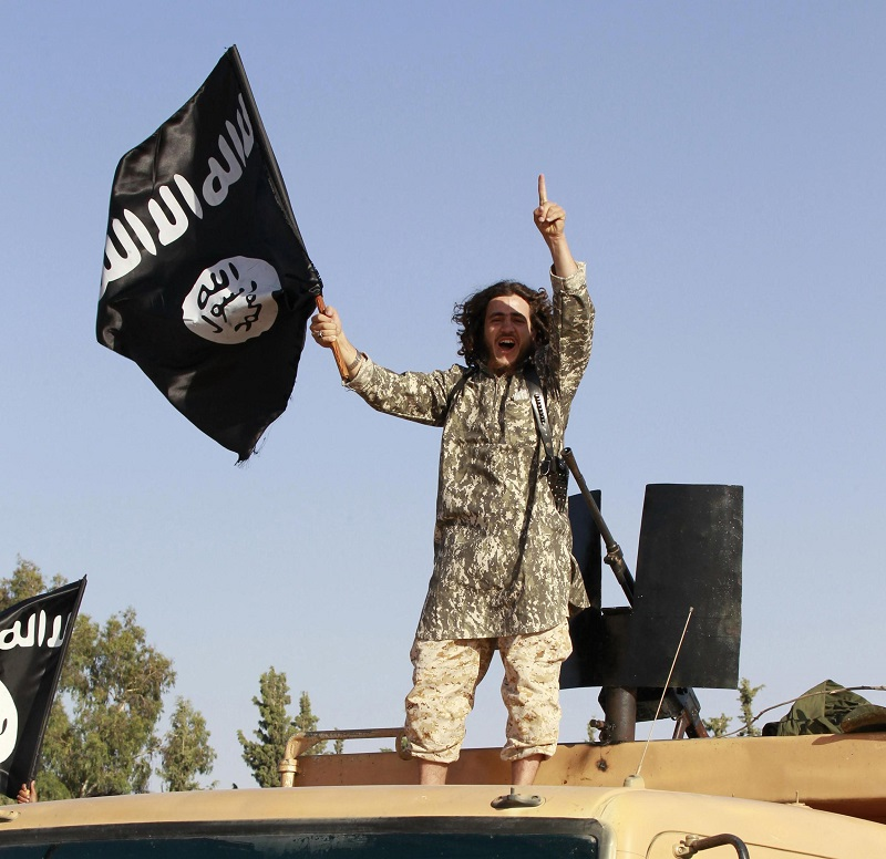 ISIS#1-2014-militant-islamist-fighter