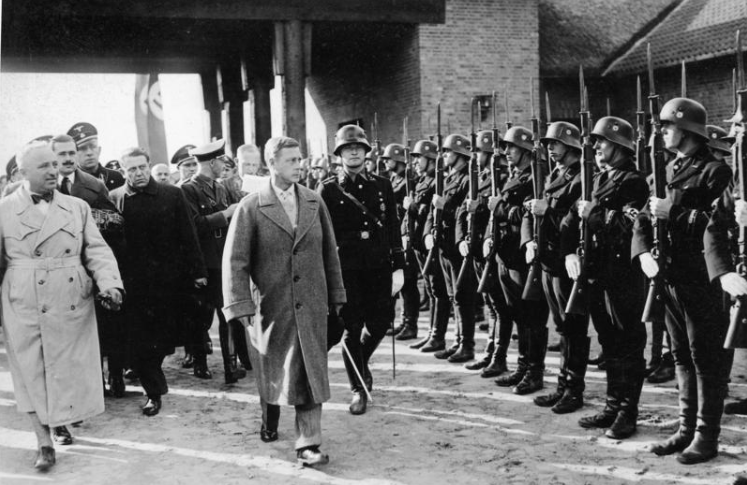 Edward reviewing a squad of SS troops with Robert Ley