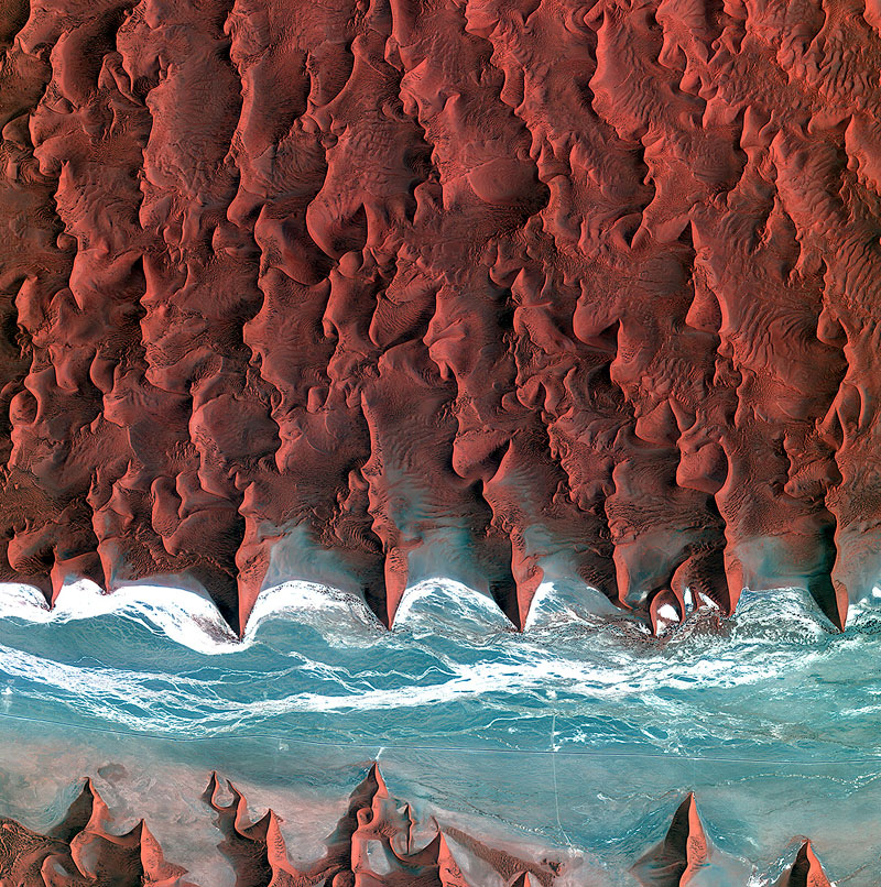 Earth's Rich Tapestry#1 - Namib_desert