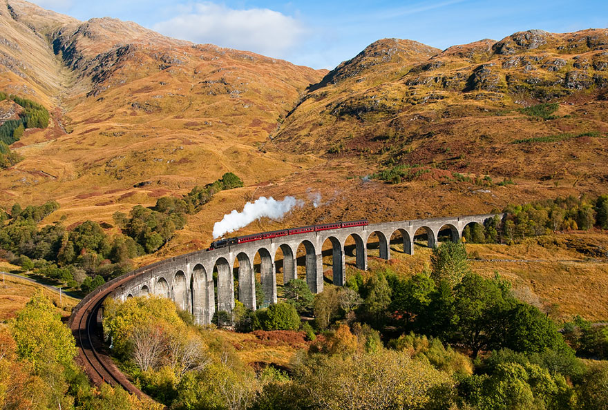 GLENFINNAN VIADUCT, SCOTLAND IN AUTUMN