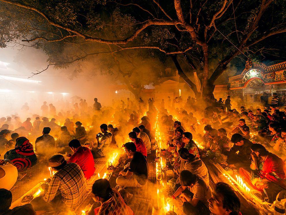 bangladesh-hindu-festival_89537_990x742