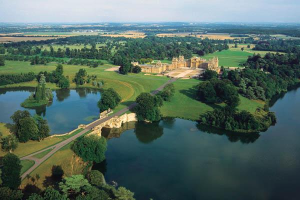 An aerial shot of Blenheim Palace