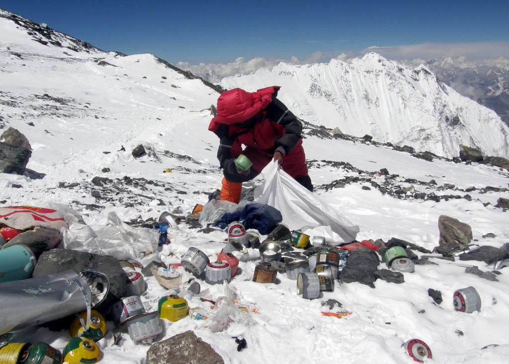 Everest desecrated with waste