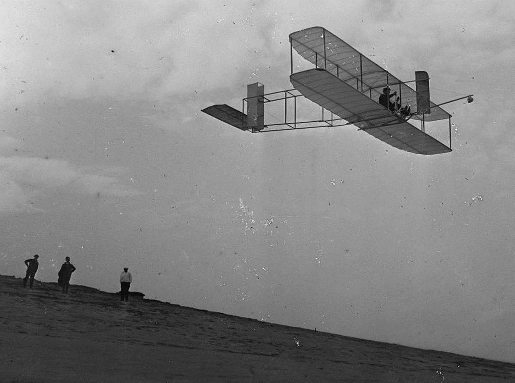 1911. The first airplane flight in history. Orville Wright flew for 9 minutes and 45 seconds