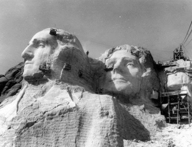1934 - 1939. Construction of Mount Rushmore