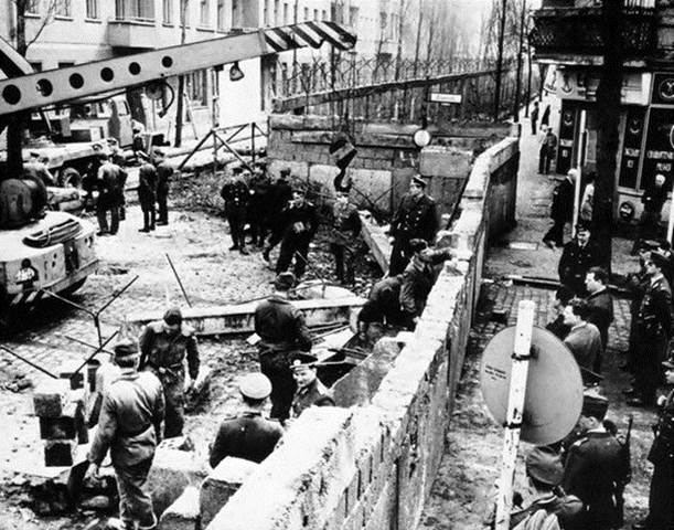 1961. Construction of the Berlin Wall