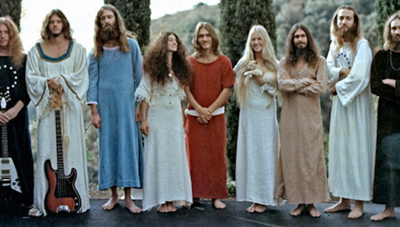 #48hippie-commune-source-family-6
