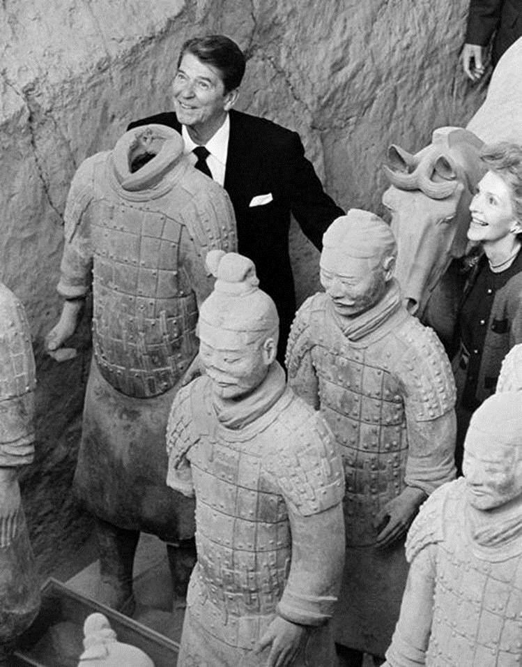 Ronald Reagan and Nancy Reagan posing with clay soldiers at the Mausoleum of Emperor Qin Shi Huang, 1984