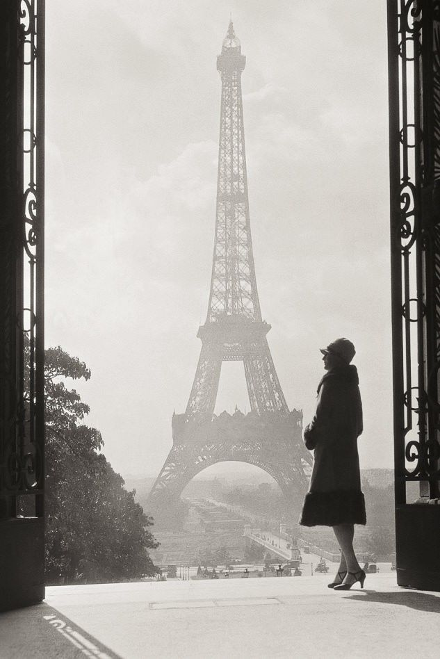 A stunning photo of the Eiffel Tower, Paris, in 1928
