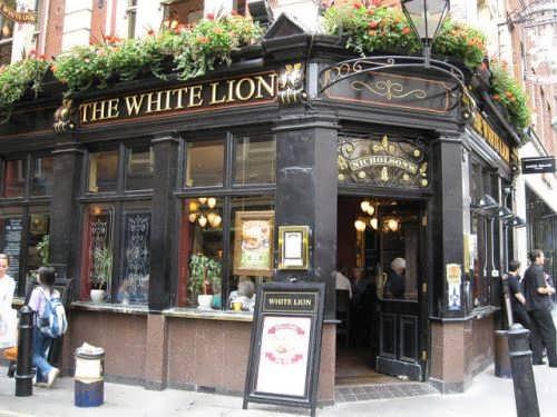 An English pub#1
