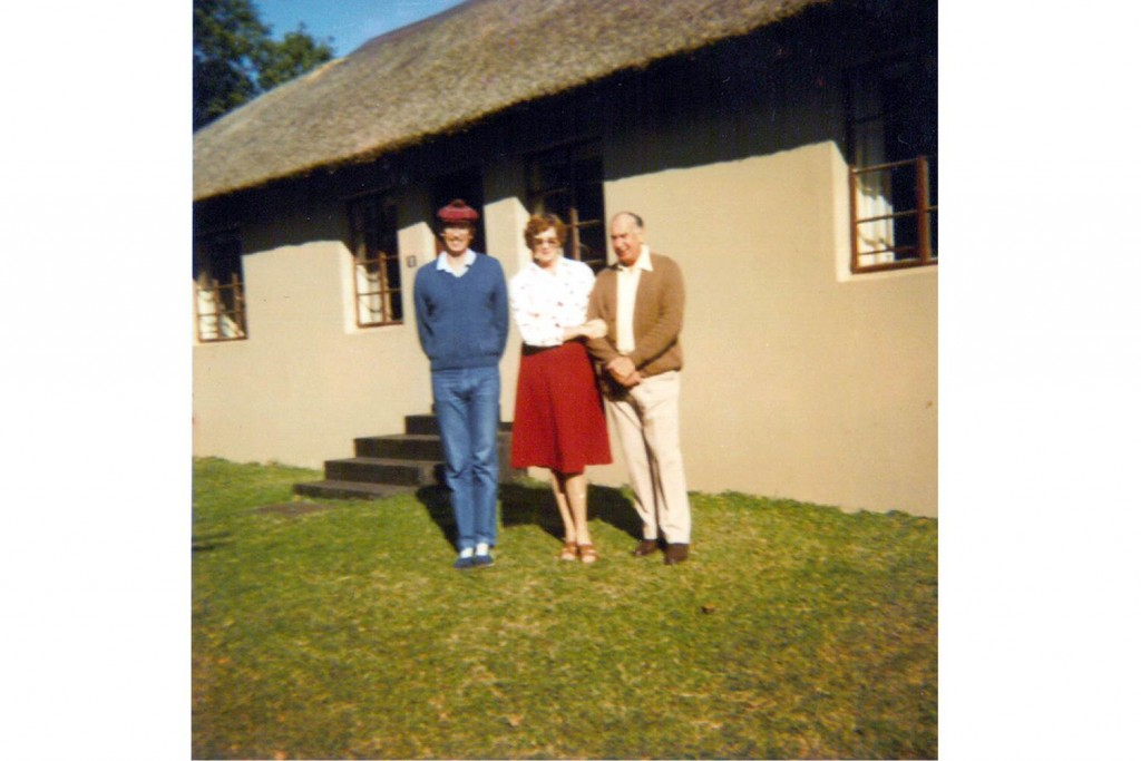 Barry Cornish and parents#1