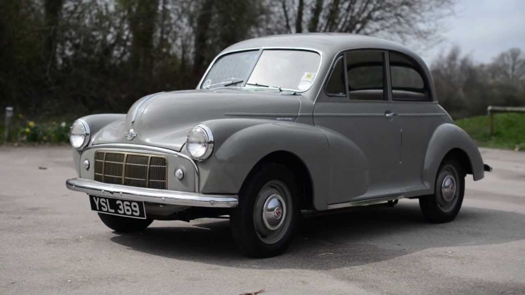 Morris Minor with a split windscreen