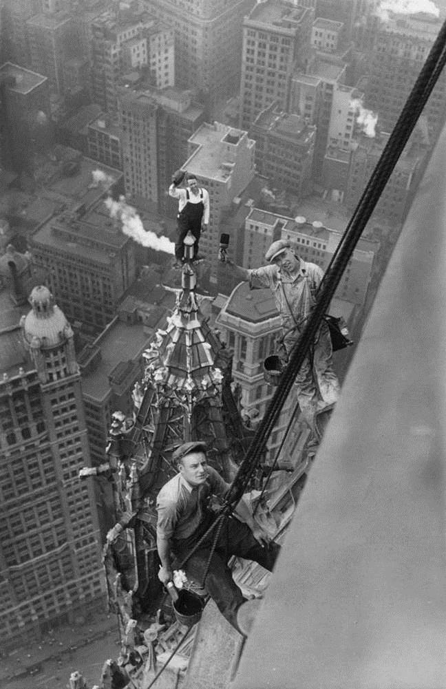 This crew was working on the Woolworth Bldg, NYC, in 1926