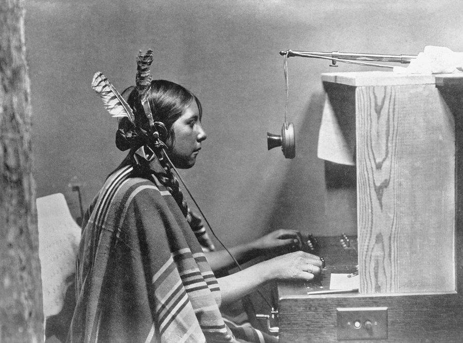 19 North American native switchboard operator, 1925