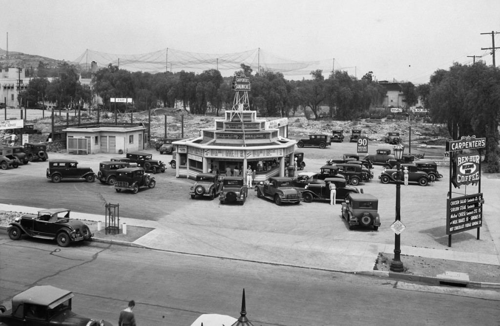 21 Drive-In restaurant on West Sunset Boulevard, Los Angeles, 1932