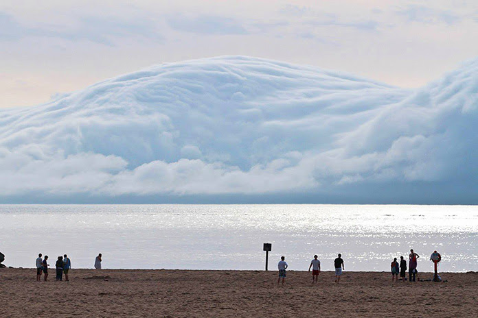 The tsunami of clouds