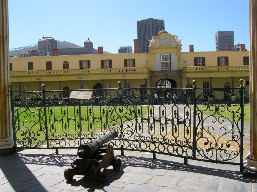 Castle of Good Hope, Cape Town - Interior view with Dutch East India Company cannon