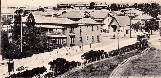 White's Road in 1906 with tram going down. The Grand Hotel is visible