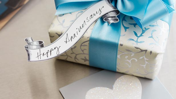 anniversary-gift-ideas-med1