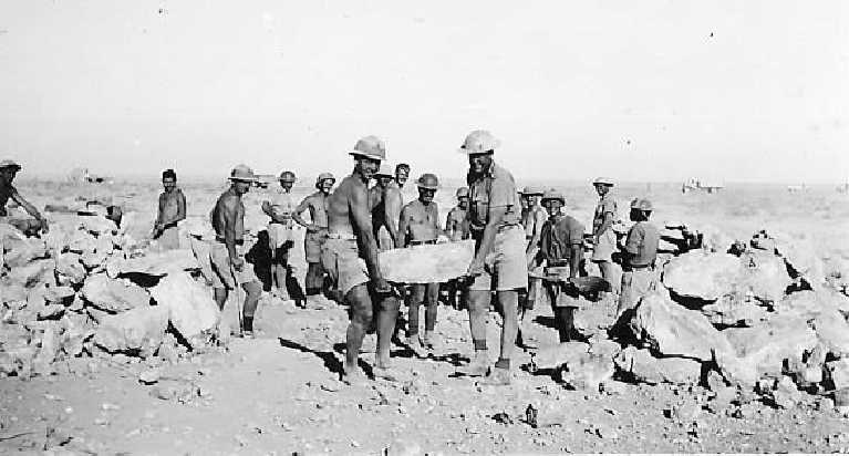 harry-clifford-mccleland-in-egypt-during-ww25