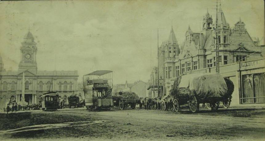main-street-pe-with-trams-but-before-cars01