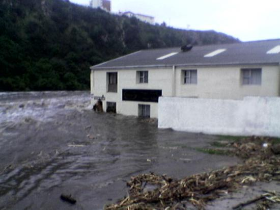 brickmakerskloof-pe_flood_aug_2006
