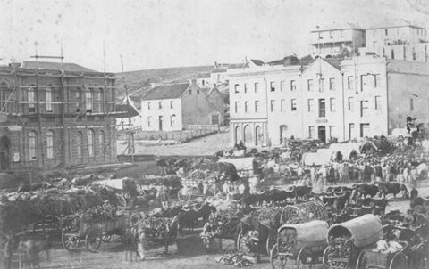 The City Hall being constructed: 1858 - 1862