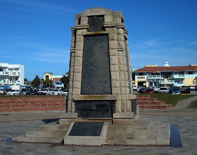 piet-retief-monument02