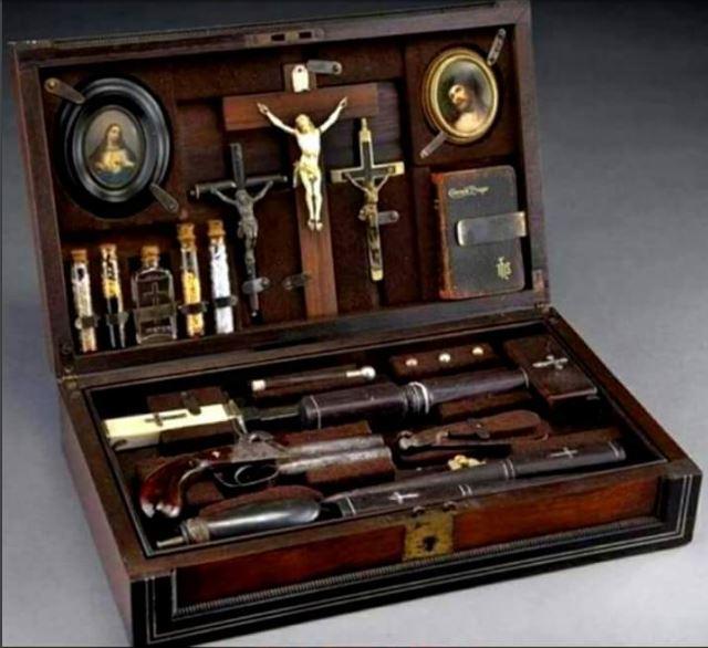 1800s vampire hunting kit