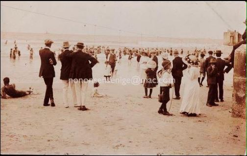 The dress code on Humewood Beach in 1913 when not swimming