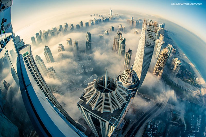 Dubai with one's head above the clouds
