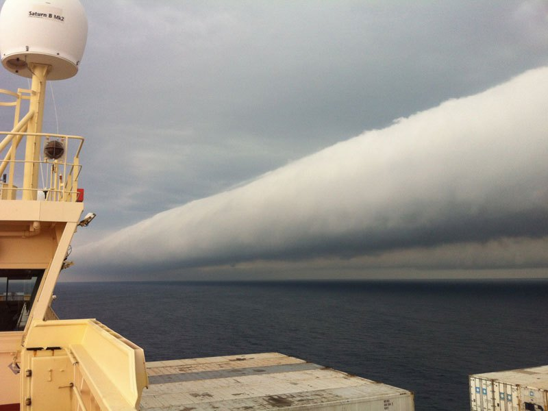 An open water roll cloud