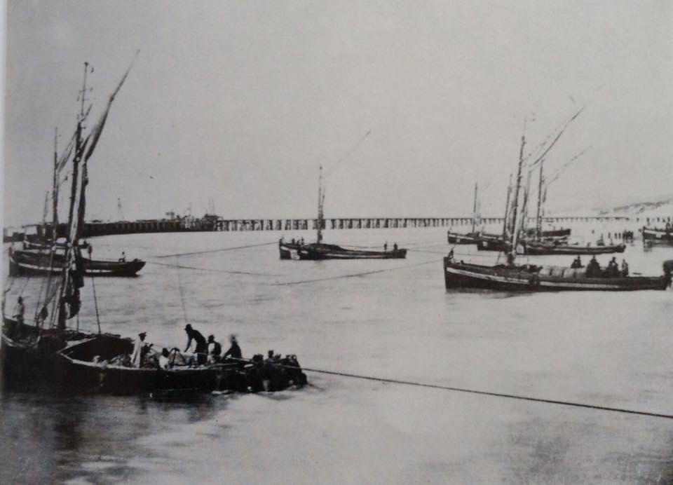 Surf boats in Port Elizabeth in 1860s