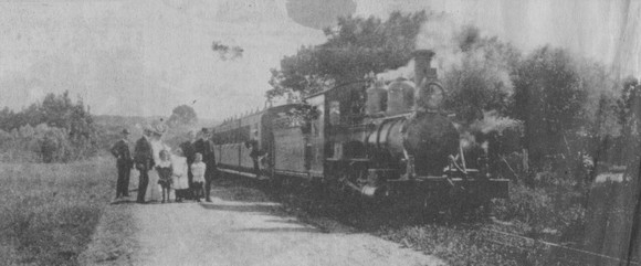 An early 1900s family poses with train guards and the driver where the Apple Express puffed through young Walmer along the PE-Avontuur railway