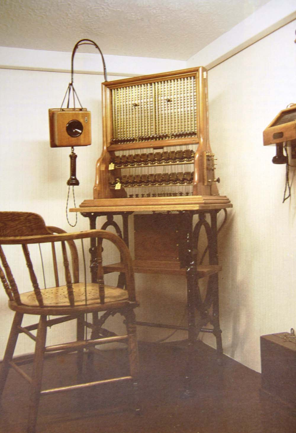 Port Elizabeth of Yore: The Telegraph and Telephones - The